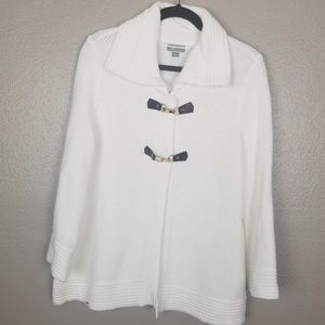 JM White Textured Sweater Jacket Leather Closures